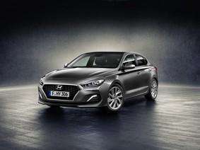 Đánh giá xe Hyundai i30N 2018: Cuộc xâm lấn của xứ sở kim chi vào thị trường hatchback
