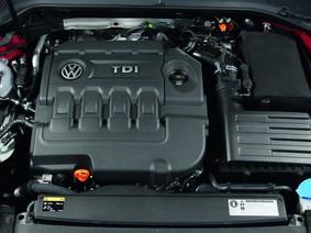 Xe chạy xăng bứt phá doanh số so với xe diesel ở châu Âu