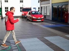 Mặt đường LED mới có thể giúp giảm tai nạn giao thông