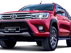 Cận cảnh Toyota Hilux 2018 giá 468 triệu đồng