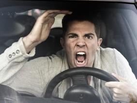13 kiểu người lái xe không bao giờ muốn gặp trên đường phố