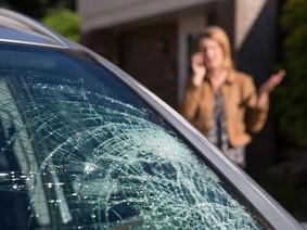 Bảo hiểm kính xe ô tô và những điều cần lưu ý