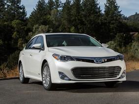 """4 mẫu xe hơi Toyota """"qua tay"""" đáng mua nhất tại Việt Nam"""