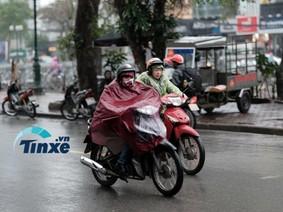 Người Hà Nội co ro với mưa phùn, gió bấc đầu năm 2018