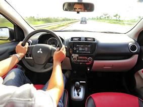 Trước khi tắt máy, người lái có nên tắt điều hòa ô tô?