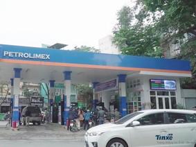 Cây xăng lớn tại Hà Nội bị tố gian lận xăng