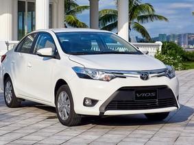 """Toyota Vios giữ vững """"ngôi vương"""" về doanh số trong tháng 12 năm 2017"""