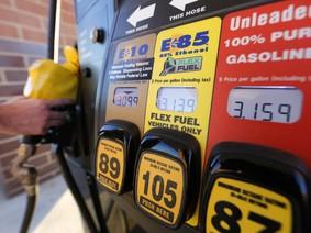Giảm ô nhiễm môi trường nhưng sản xuất ethanol lại khá tốn kém