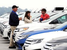 Các loại thuế phí phải trả khi mua xe ô tô cũ