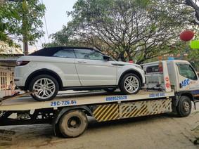 Range Rover Evoque mui trần đầu tiên tại Việt Nam ra biển trắng