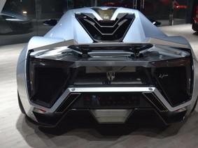 Với 3,3 triệu USD, liệu có ai chọn Lykan Hypersport thay vì Bugatti Chiron hoặc Ferrari LaFerrari