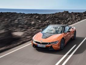 BMW i8 Roadster 2018 lộ giá bán, đắt hơn 20.000 USD so với bản coupe