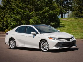 Toyota sẽ cắt giảm các phiên bản xe sedan để tập trung cho bán tải và crossover