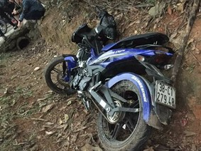 Yamaha Exciter va chạm với Nouvo LX, 2 người tử vong