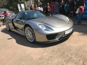 """Siêu xe triệu USD Porsche 918 Spyder tái xuất tại Campuchia, đại gia Việt """"phát thèm"""""""