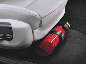 Malaysia khuyến cáo trang bị bình cứu hỏa mini trên ô tô
