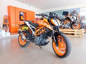 KTM 390 Duke 2018 mới về Việt Nam có gì hot để cạnh tranh với Kawasaki Z300
