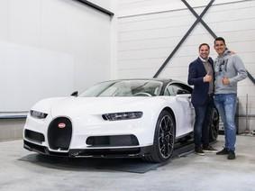 """Cựu tay đua F1 Christijan Albers tậu Bugatti Chiron """"Panda"""""""