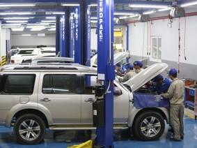 """Ford Việt Nam tổ chức """"Tháng chăm sóc Khách hàng"""", tặng Samsung Galaxy S9"""