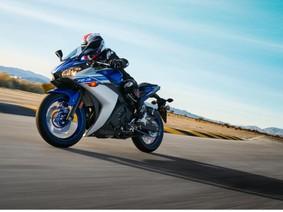 Giá xe Yamaha R3 mới nhất tháng 4/2018