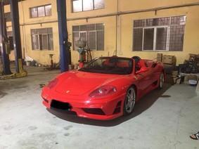 Siêu xe mui trần Ferrari 360 Spider chuẩn bị Nam tiến