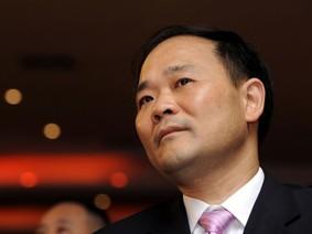 """Daimler - công ty mẹ của Mercedes - có kế hoạch phòng ngừa """"ông trùm"""" ô tô Trung Quốc"""