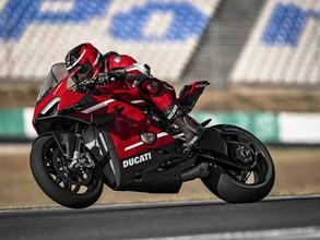 Đánh giá nhanh Ducati Superleggera V4: Quái thú trường đua 234 mã lực mang vẻ đẹp hoàn mỹ