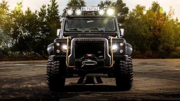 Hàng hiếm Land Rover Defender SVX được đấu giá từ 130.000 USD