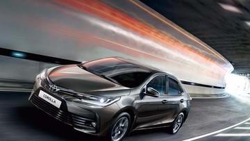 Đánh giá xe Toyota Corolla Altis 2017: Sẽ là cuộc soán ngôi vương trong phân khúc sedan hạng C?