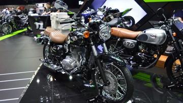 """Kawasaki """"khoe"""" bộ đôi xế cổ W250 và W175 tại Thai Motor Expo 2017"""