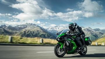 Kawasaki Ninja H2 SX và SX SE 2018 được trang bị rất nhiều công nghệ hiện đại