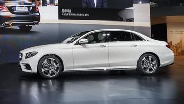"""Khách hàng Trung Quốc """"phát cuồng"""" với xe sang Mercedes-Benz E-Class"""
