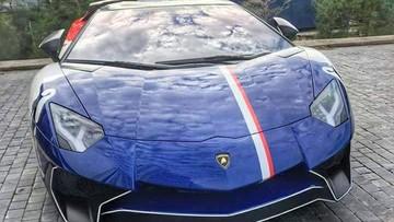 """Minh """"Nhựa"""" lái siêu xe Lamborghini Aventador SV """"cày nát"""" các con phố tại Nha Trang"""