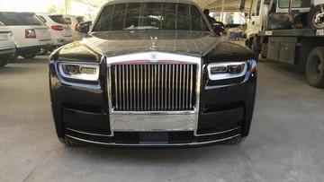 """Rolls-Royce Phantom 2018 đầu tiên xuất hiện tại Campuchia, đại gia Việt """"phát thèm"""""""