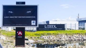 """BMW đặt bảng quảng cáo """"chơi khăm"""" Audi nhưng bất thành"""