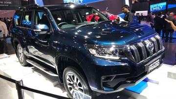 Toyota Land Cruiser Prado 2018 ra mắt với ngoại hình và nội thất hoàn toàn mới