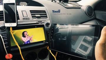 """Độ màn hình cảm ứng thông minh như xe sang cho xe """"cỏ"""""""
