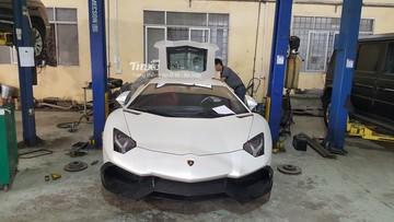 Cận cảnh chiếc Lamborghini Aventador gây xôn xao cộng đồng mạng trong ngày hôm qua