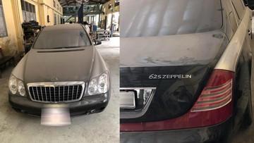 """""""Đắng lòng"""" với hình ảnh chiếc xe siêu sang Maybach nằm phủ bụi tại Hà Nội"""