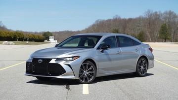 Đánh giá nhanh Toyota Avalon 2019: Ngoại thất và nội thất mới, đẹp mắt hơn