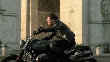 """Tài tử Tom Cruise cưỡi BMW R nineT  Scrambler trong """"Nhiệm vụ bất khả thi"""""""