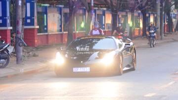 """Mới được độ body kit """"khủng"""", siêu xe Ferrari 488 GTB đã có mặt tại Sài thành"""