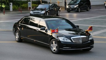 Khám phá chiếc limousine Mercedes-Benz chống đạn của ông Kim Jong Un