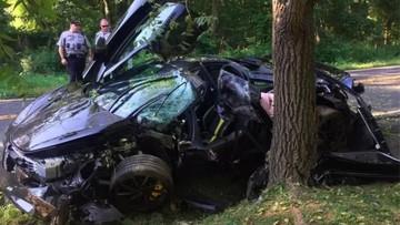 Chủ nhân đâm hỏng siêu xe McLaren 720S chỉ sau một ngày mua