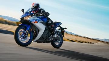 Giá xe máy Yamaha R3 tháng 12/2018 hôm nay