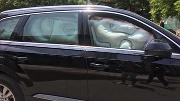 Hà Nội: Va chạm với xe Nhật Daihatsu Materia, SUV sang Audi Q7 bung túi khí kín cửa sổ