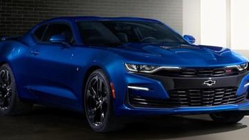 """Ford Mustang đang """"ăn sạch"""" doanh số Chevrolet Camaro ở Mỹ"""