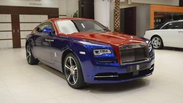 Cận cảnh Rolls-Royce Wraith 2 tông màu sang chảnh của giới nhà giàu Trung Đông