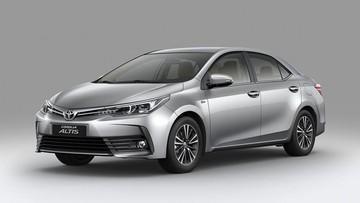 Toyota Corolla Altis 2018 ra mắt với trang bị nâng cấp nhẹ, giá tăng cao nhất 46 triệu đồng