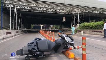 Sập giàn giáo, hầm Thủ Thiêm bị phong toả, một người điều khiển xe Honda SH bị thương